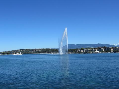 Jet d'eau landmark of the city of Geneva blue sky