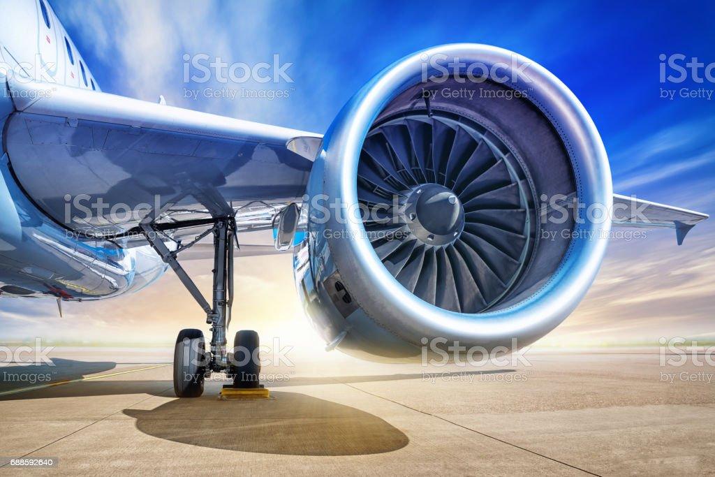 jet engine  – Foto