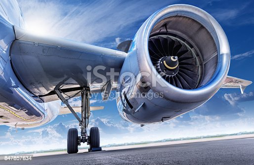 istock jet engine 847857634