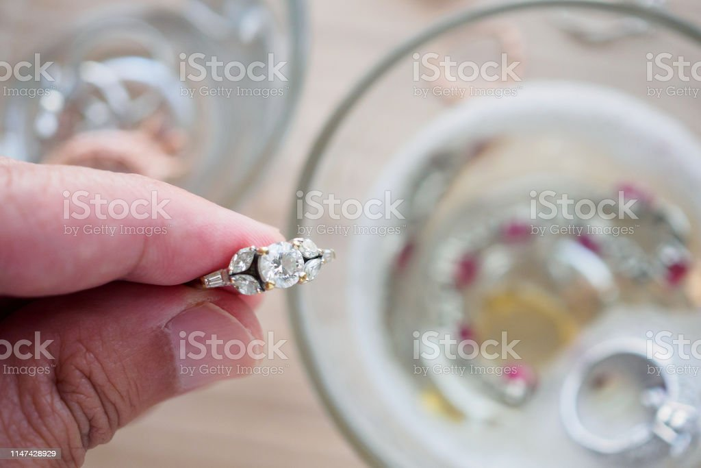 nettoyage bague diamant