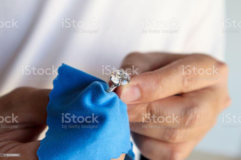 bague diamant nettoyage