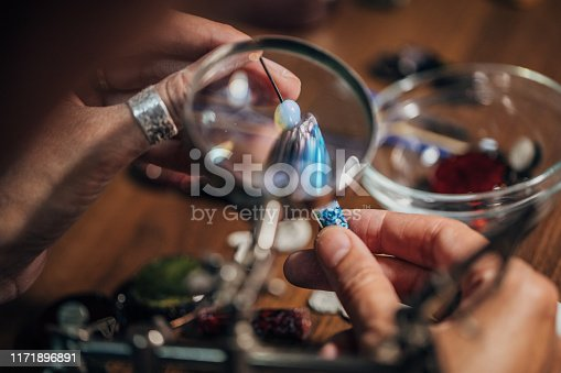 991427116 istock photo Jewelry handmade in workshop 1171896891
