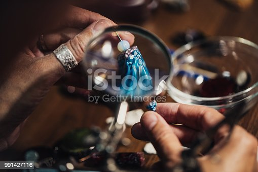 991427116 istock photo Jewelry handmade in workshop 991427116