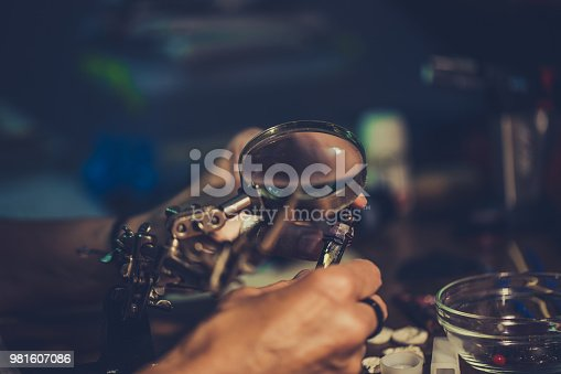 991427116 istock photo Jewelry making time 981607086