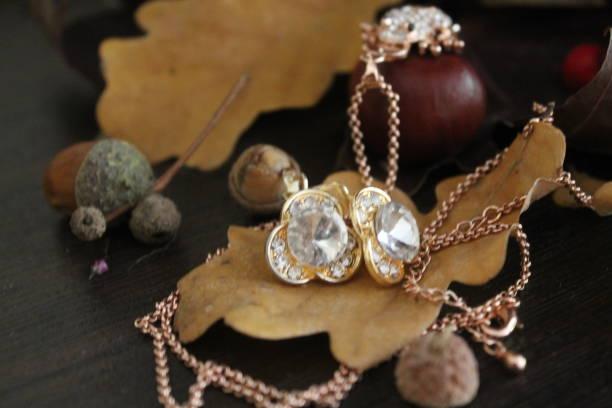 jewelry - schmuck engel stock-fotos und bilder