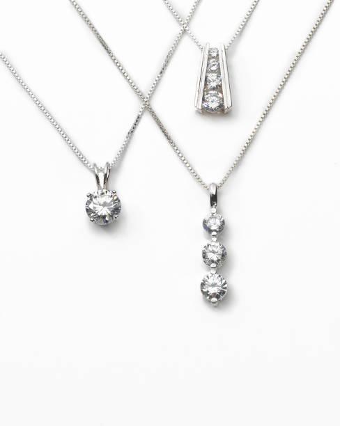 jewelry - ожерелье стоковые фото и изображения