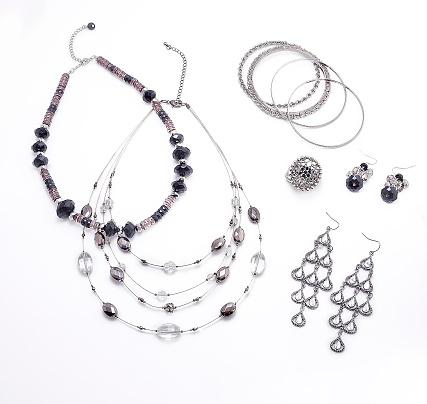 istock Jewelry set 673134656