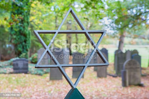Taken at the old Jewish Cemetary in Weissensee - Berlin.