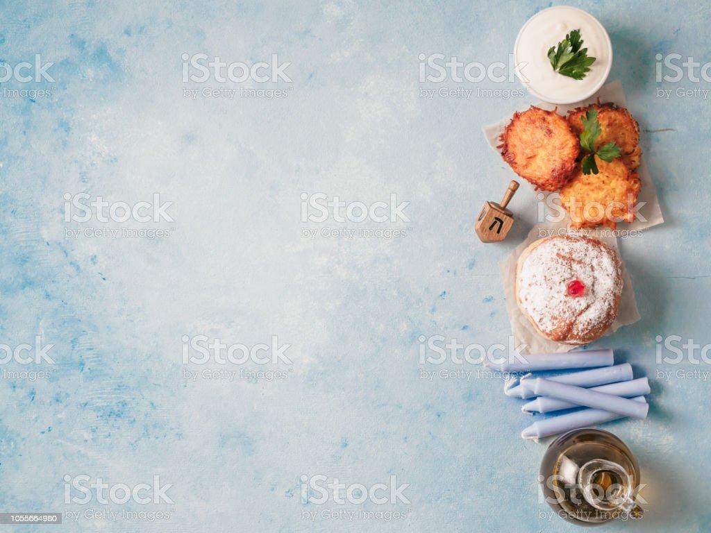 ユダヤ人の祝日のハヌカの概念の背景 ストックフォト