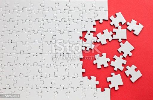 istock Jigsaw puzzle 173243191