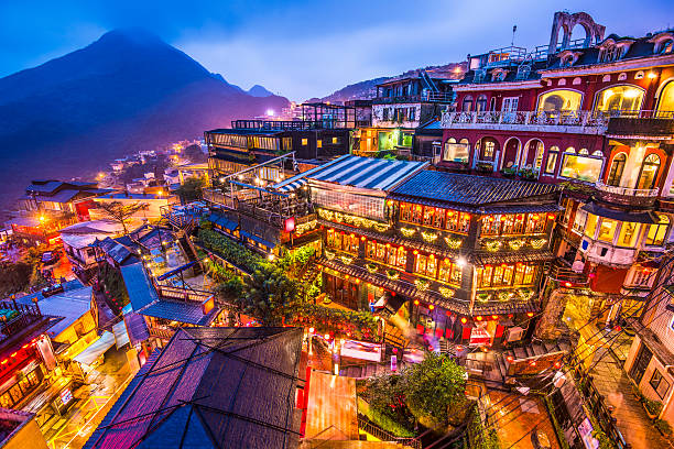 Jiufen, Taiwan Hillside teahouses in Jiufen, Taiwan. taiwan stock pictures, royalty-free photos & images