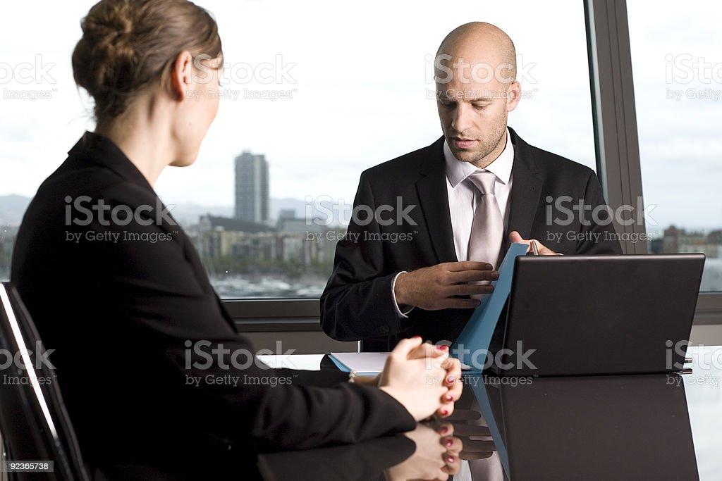 job interview in einer wunderschönen Büro Lizenzfreies stock-foto