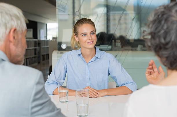 job interview personalbeschaffung - outfit vorstellungsgespräch stock-fotos und bilder