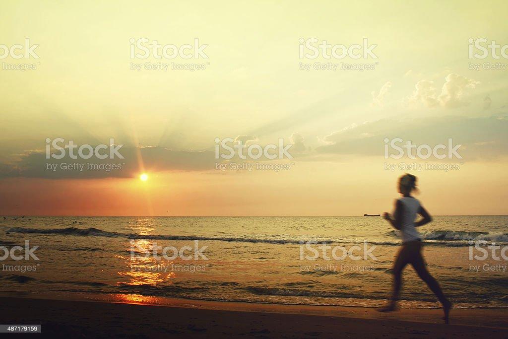 Jog on the beach royalty-free stock photo