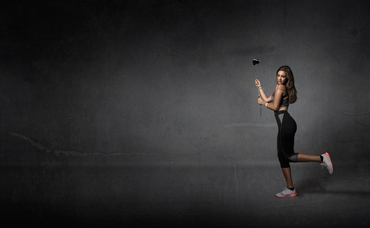 629605142 istock photo jogger taking selfie with phone 629605312