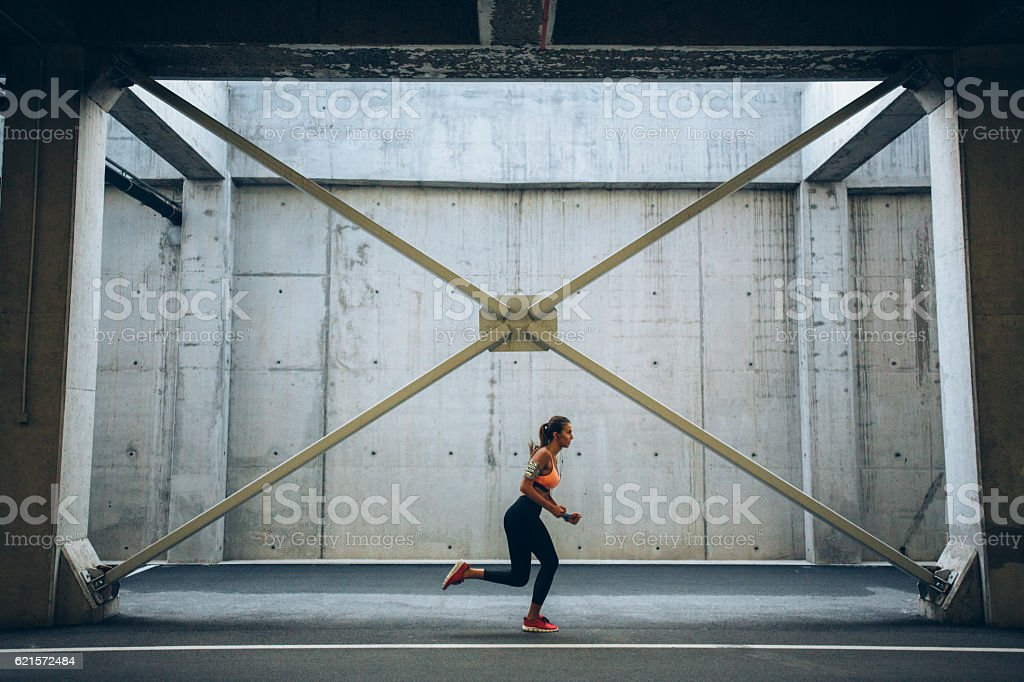 Jogging inside a building photo libre de droits
