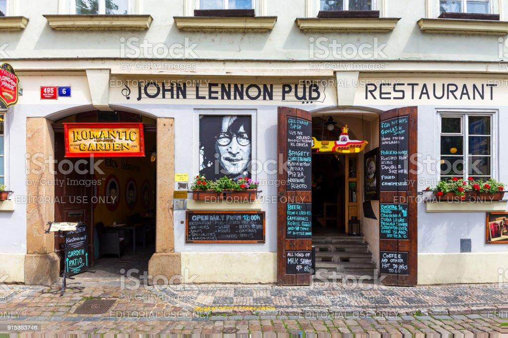 John Lennon Pub стоковое фото