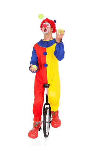 Joker malabarismo bola - foto de stock
