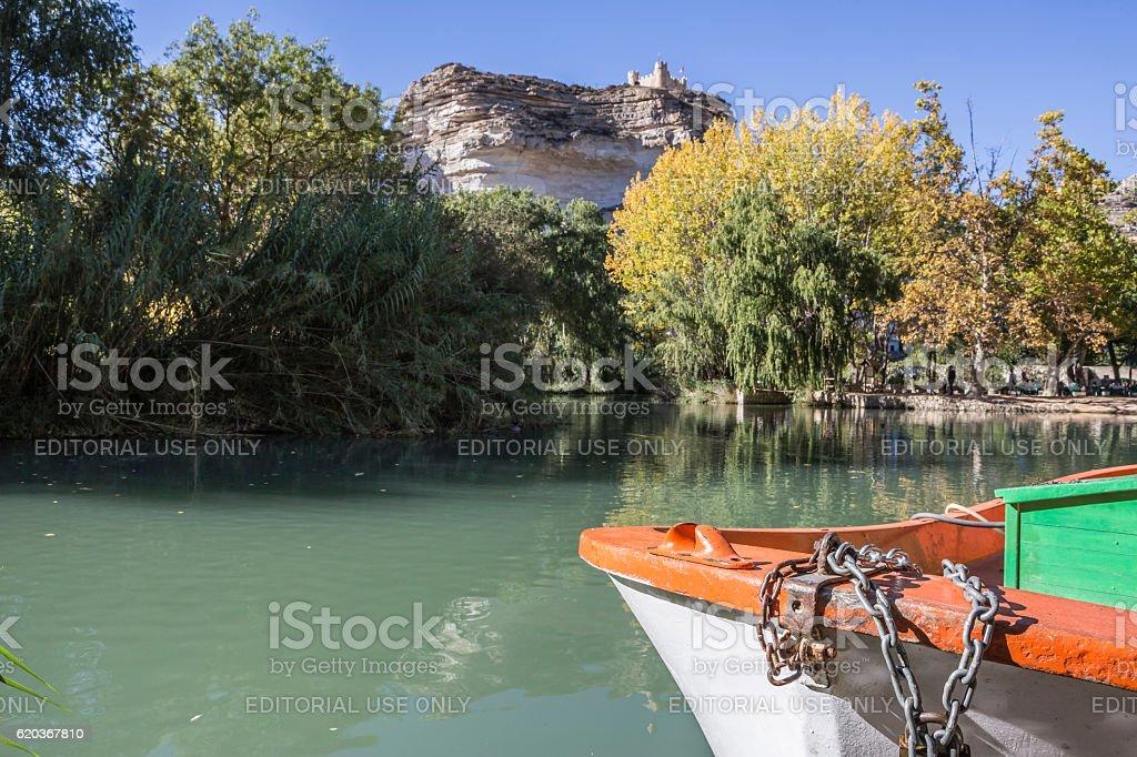 Jucar river, boat of recreation in small lagoon, Spain foto de stock royalty-free