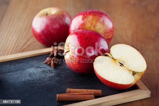 1020586746istockphoto Juicy fresh apples 484731190