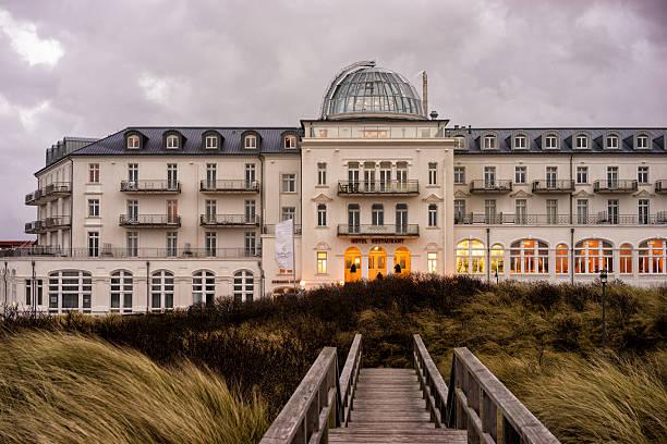 juist – bild - nordsee urlaub hotel stock-fotos und bilder