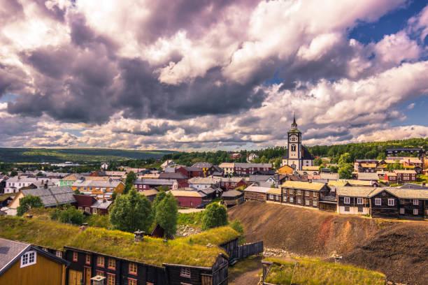 27. Juli 2015: Panorama der Stadt von Roros, Norwegen – Foto