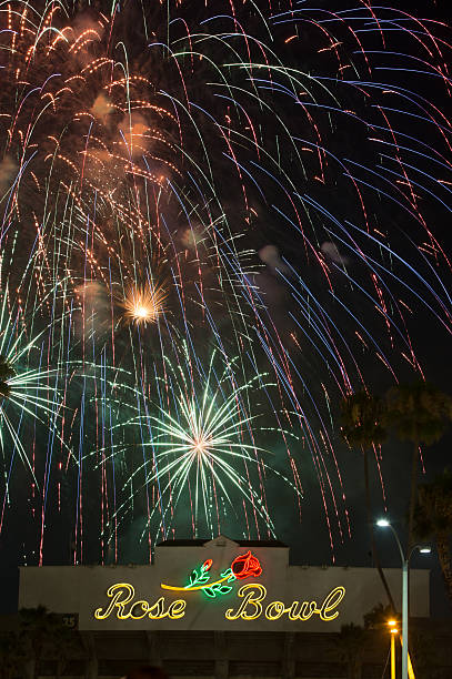 July 4th Fireworks at the Rose Bowl Los Angeles, USA - July 4, 2014: July 4th fireworks and celebrations over the Rose Bowl in Pasadena. ucla medical center stock pictures, royalty-free photos & images
