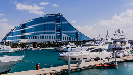 istock Jumeirah Beach Hotel 472966230