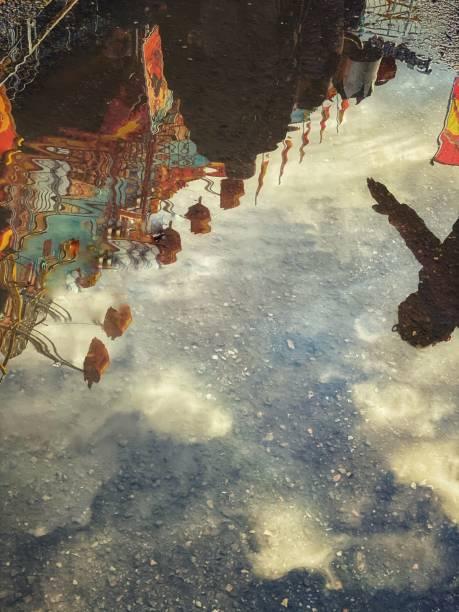 Springen sie im Luna Park – Foto