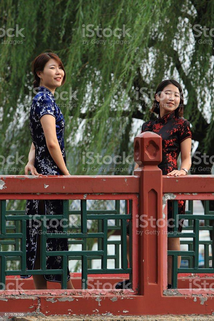 Junge Frauen in China stock photo