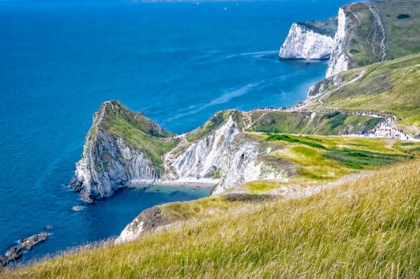 Jurassic Coast near Lulworth in Dorset, southern England Jurassic Coast in der Nähe von Lulworth in der Grafschaft Dorset in Südengland wasser photos stock pictures, royalty-free photos & images