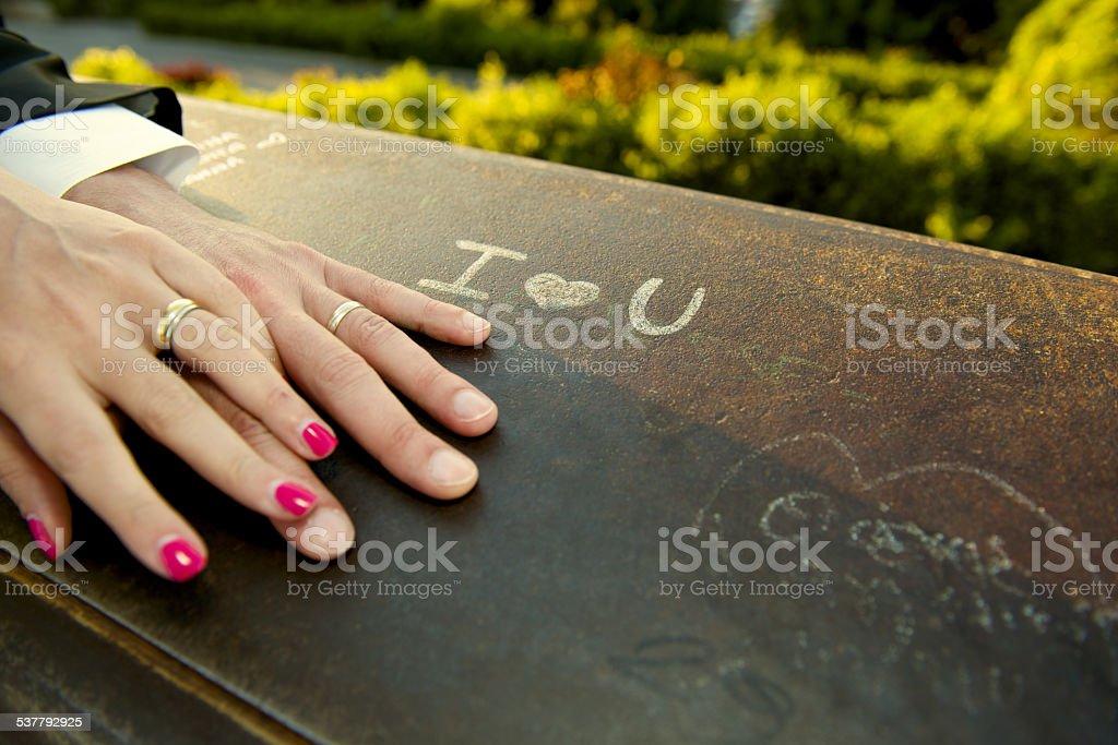 Just married Hände detail mit Hochzeitsringe I love you – Foto