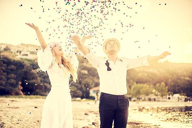 just married - hipster braut stock-fotos und bilder