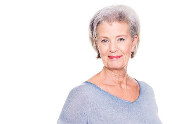 nur lächeln - altes damenhaar stock-fotos und bilder