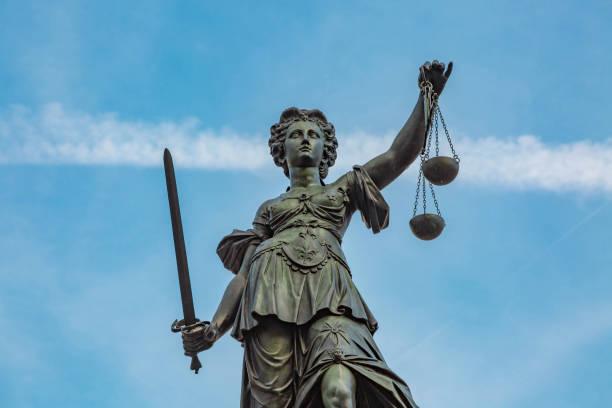 Justitia Figurinen – Foto