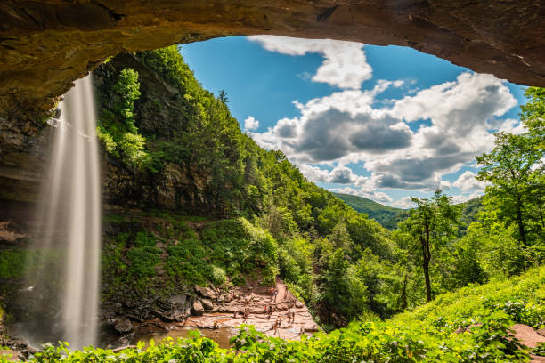 Kaaterskill waterfall in the upstate New York Kaaterskill waterfall in the upstate New York catskill mountains stock pictures, royalty-free photos & images