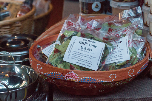 Foto de Folhas Kaffir De Cal No Borough Market Londres e mais fotos de stock de Alimentação Saudável