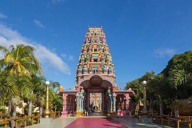 kalaisson temple port louis mauritius - induismo foto e immagini stock