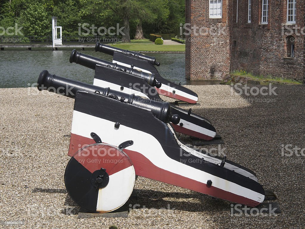 Kanonen am schloss royalty-free stock photo