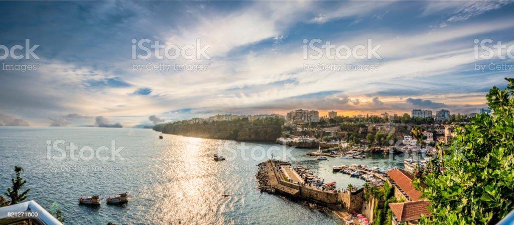 Antalya Kaş şehirde liman deniz Körfezi manzaralı stok fotoğrafı