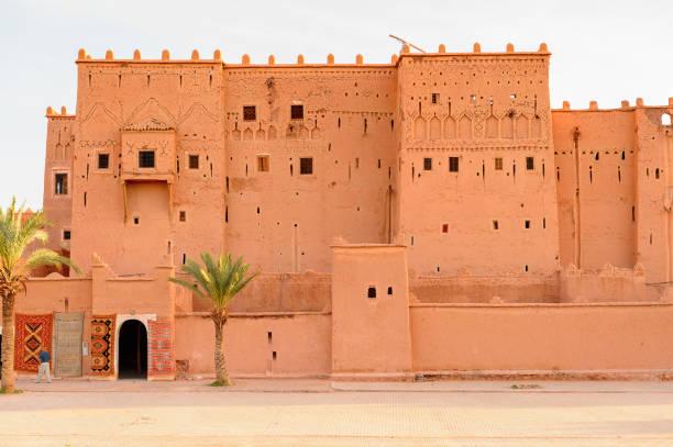 kasbah taourirt i östra ouarzazate, marocko. - kasbah bildbanksfoton och bilder