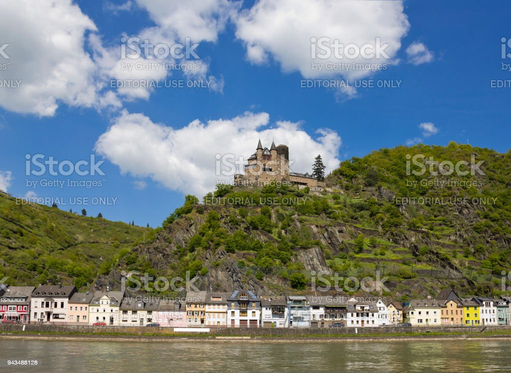 Katz Castle in the mountains above the town of St. Goarshausen in Rhineland-Palatinate stock photo