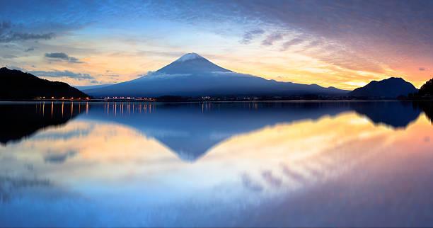 kawaguchiko 湖 - yamanaka lake ストックフォトと画像
