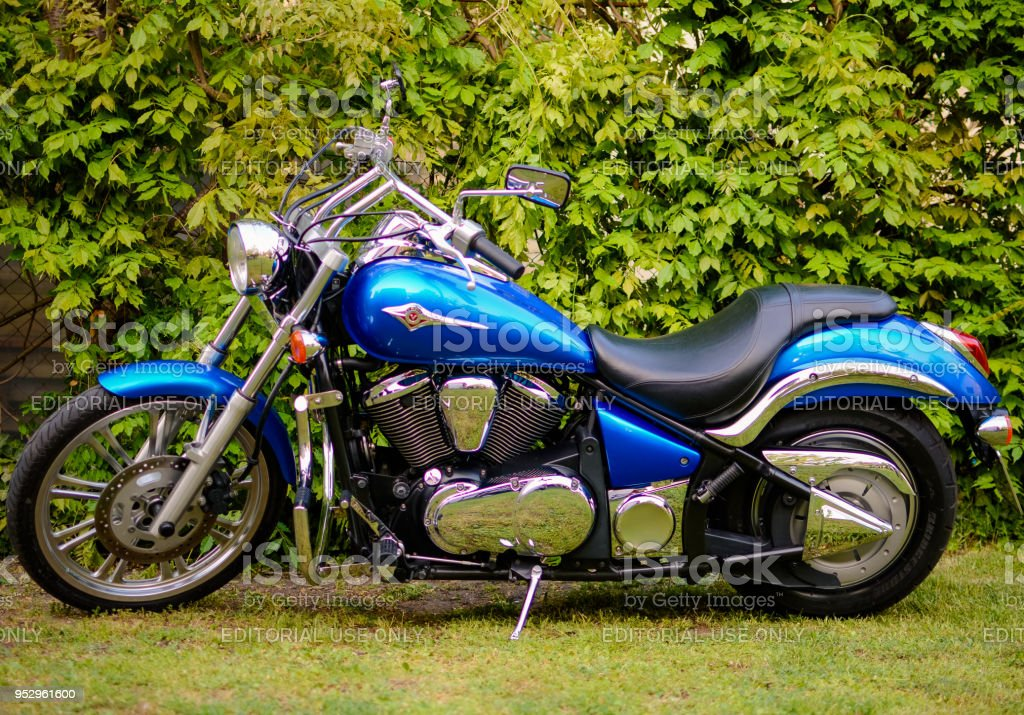 Kawasaki Vn900 Cruiser Motorcycle Stock Photo - Download Image Now