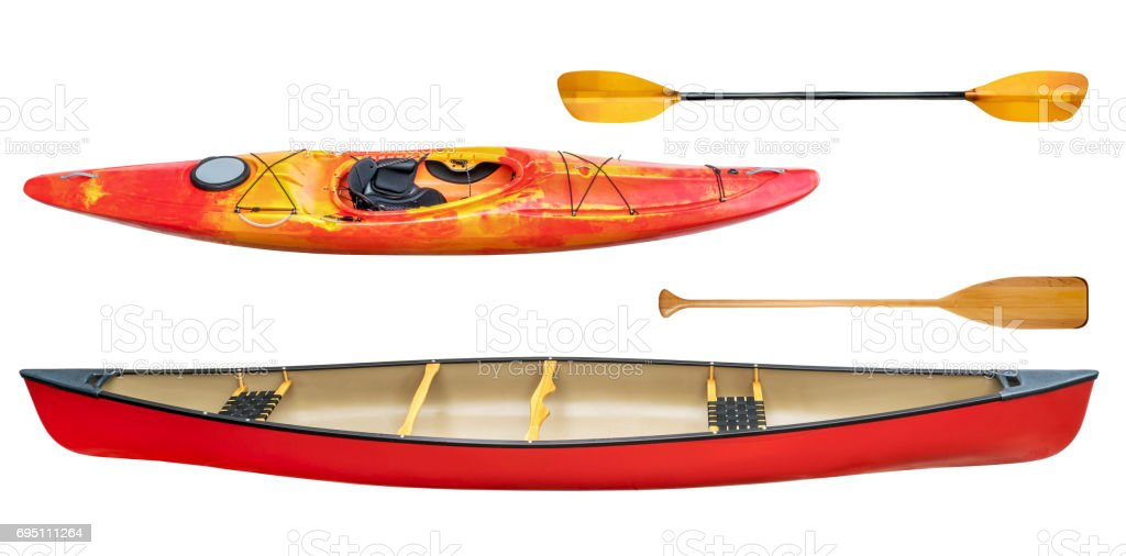 kayak, canoe and paddles isolated стоковое фото