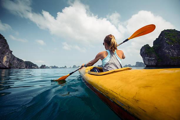 caiaque - esporte aquático - fotografias e filmes do acervo