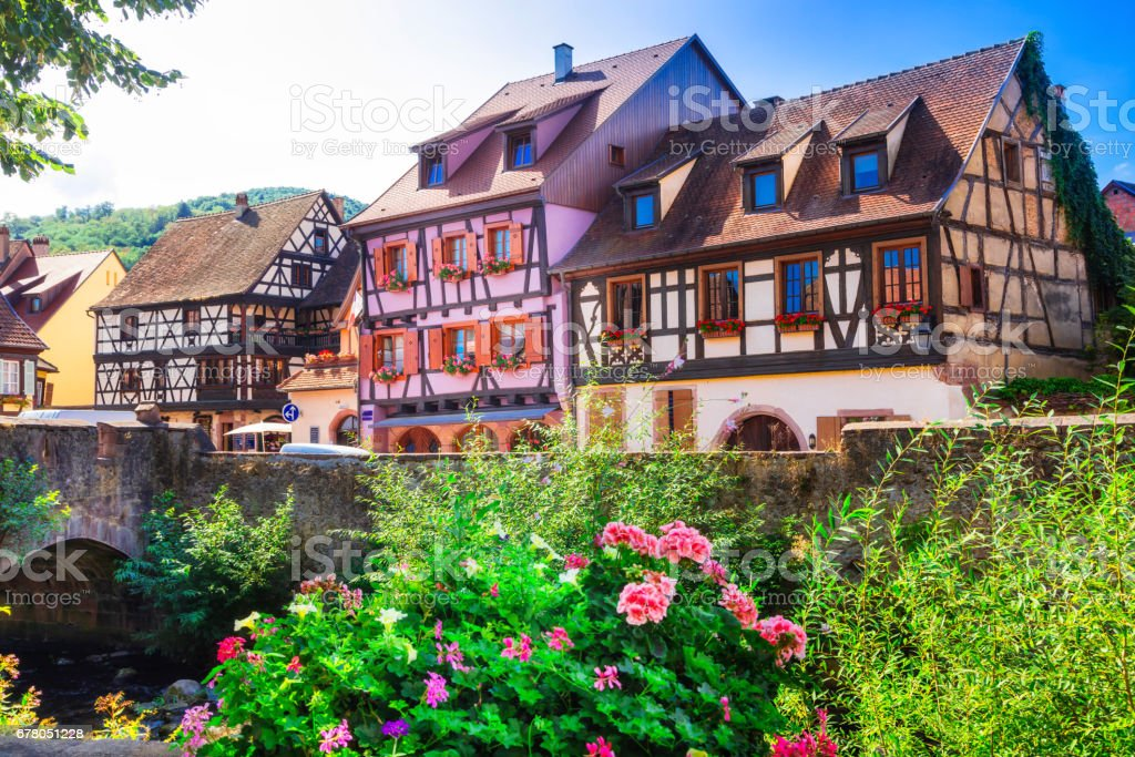 Kaysersberg- one of the most beautiful villages of France , Alsace region - foto stock