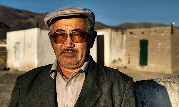 kasachen mann in der mongolei - rawpixel stock-fotos und bilder
