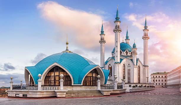kazan morning - sint petersburg rusland stockfoto's en -beelden