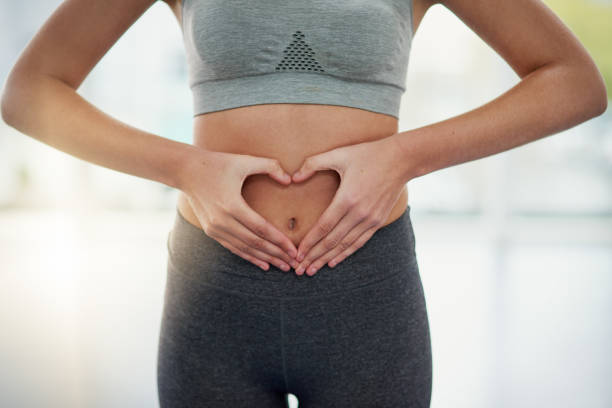 mantenha seu intestino saudável - abdome - fotografias e filmes do acervo
